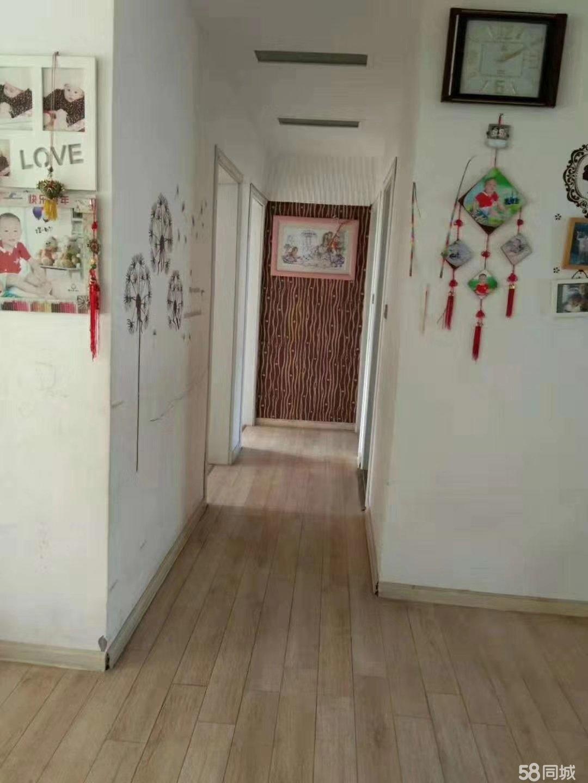金海花苑3室2厅2卫