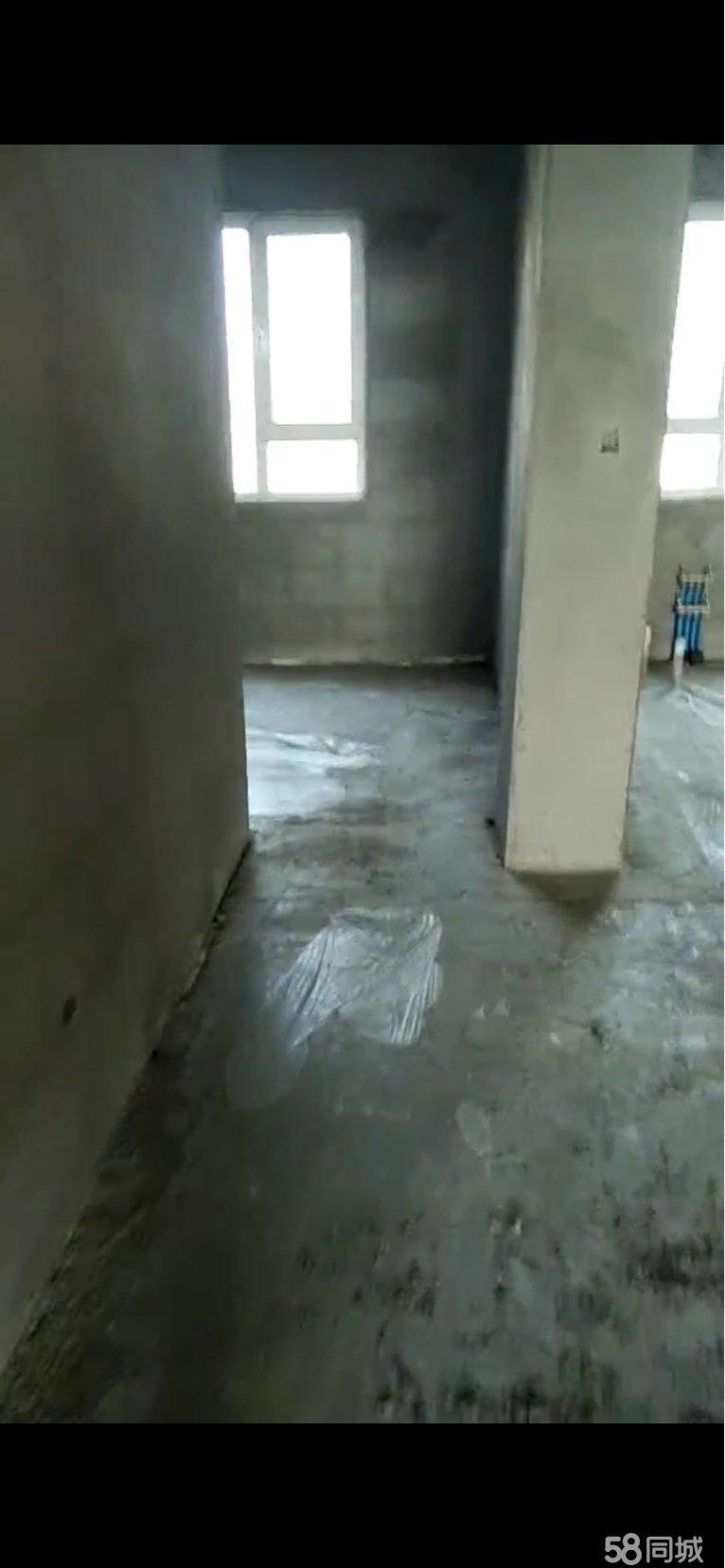 鴻鑫佳苑9層共11層。3號樓帶地下室全款