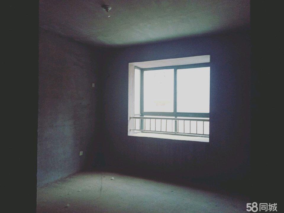五州公元一號1樓東樓頭陽面,80平方2室2廳1衛。