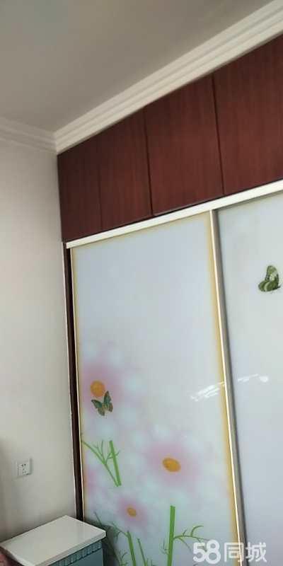 出售華錦小區123平米單元樓