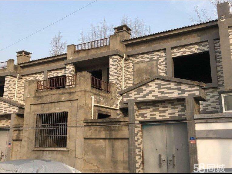 独立小院 别墅 3室1厅3卫