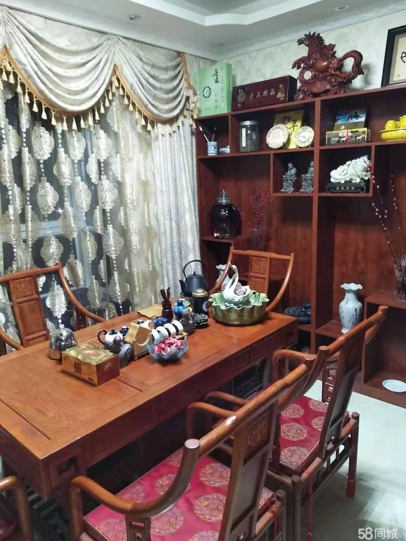 淅川楚都锦城房子急售,精装修,132.5平,出售