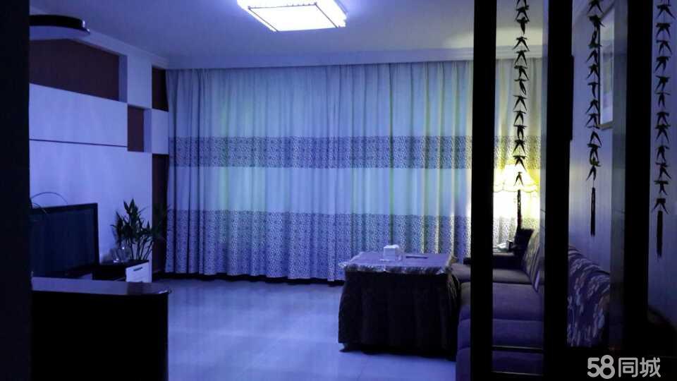 石阡城区康馨苑3室2厅2卫125.6平米