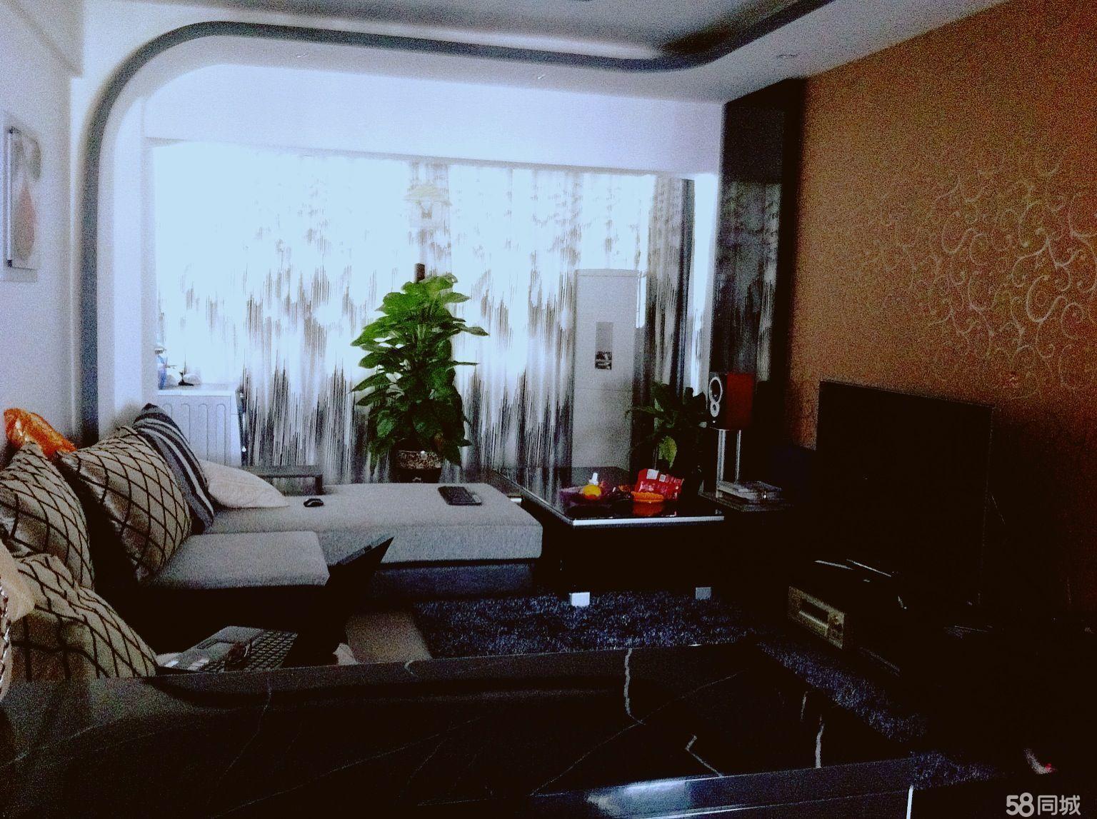 元阳社保中心2单元8-13室1厅1卫100平米