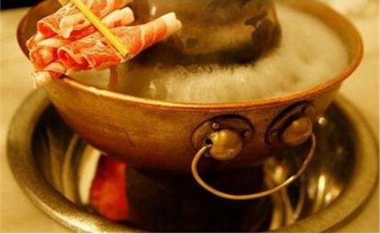 涮火锅的正确顺序,先别急着下肉和菜,内行人都这么吃,你学到没