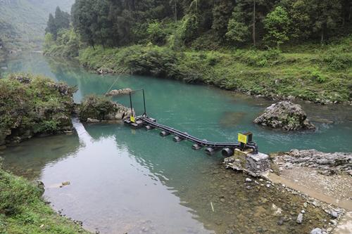 一管清水到农家――凤泉公司全面试运行农村安全供水