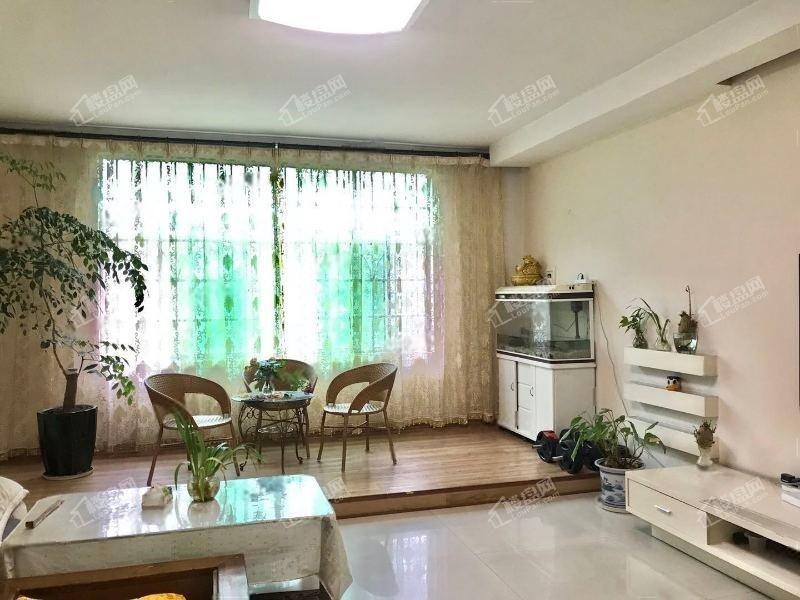 迎丰东教师新苑大三房楼层好品质装修户型很好