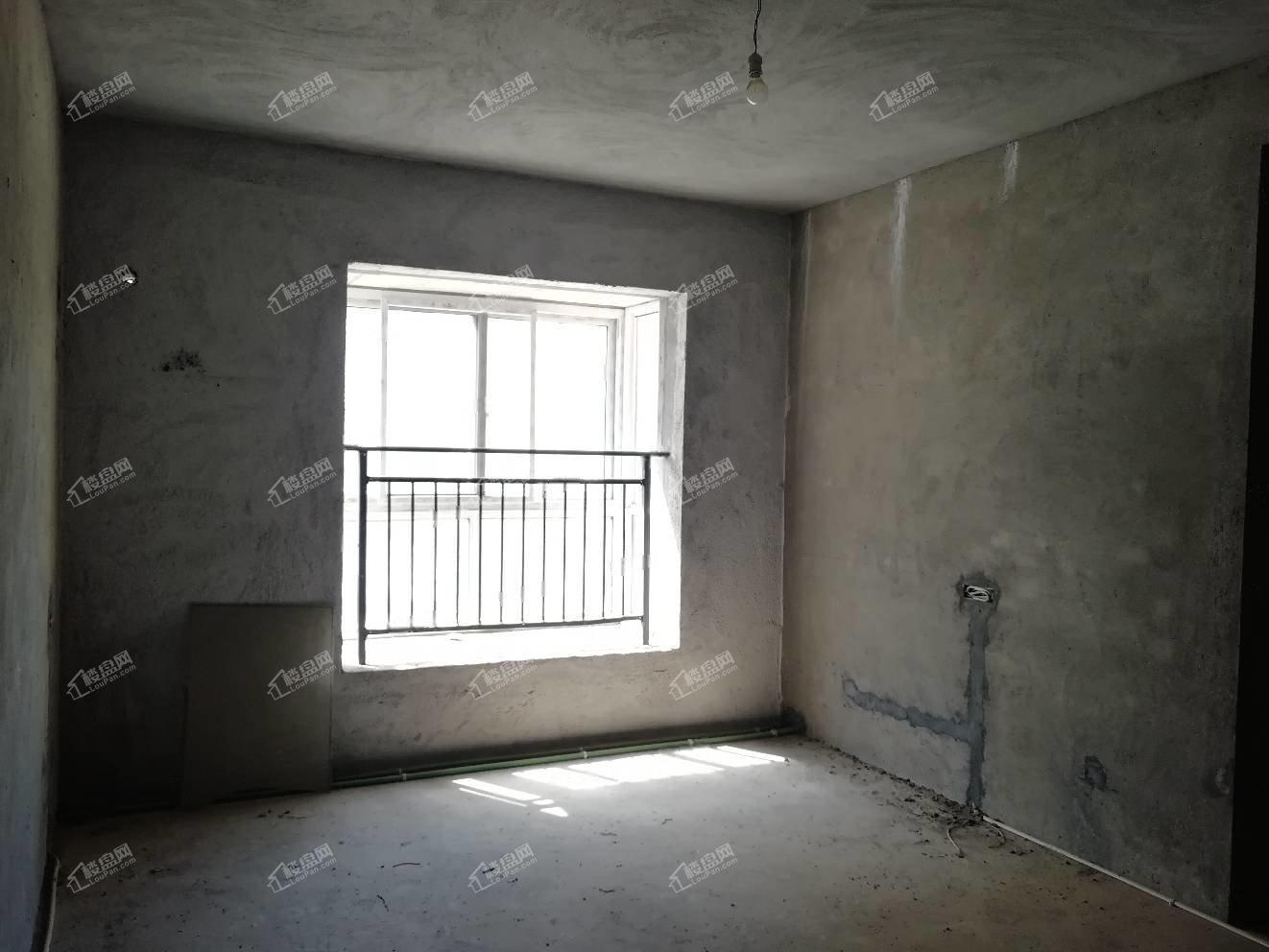 宏运新苑,洋房南北通透双阳台,很好楼层带地下停车场
